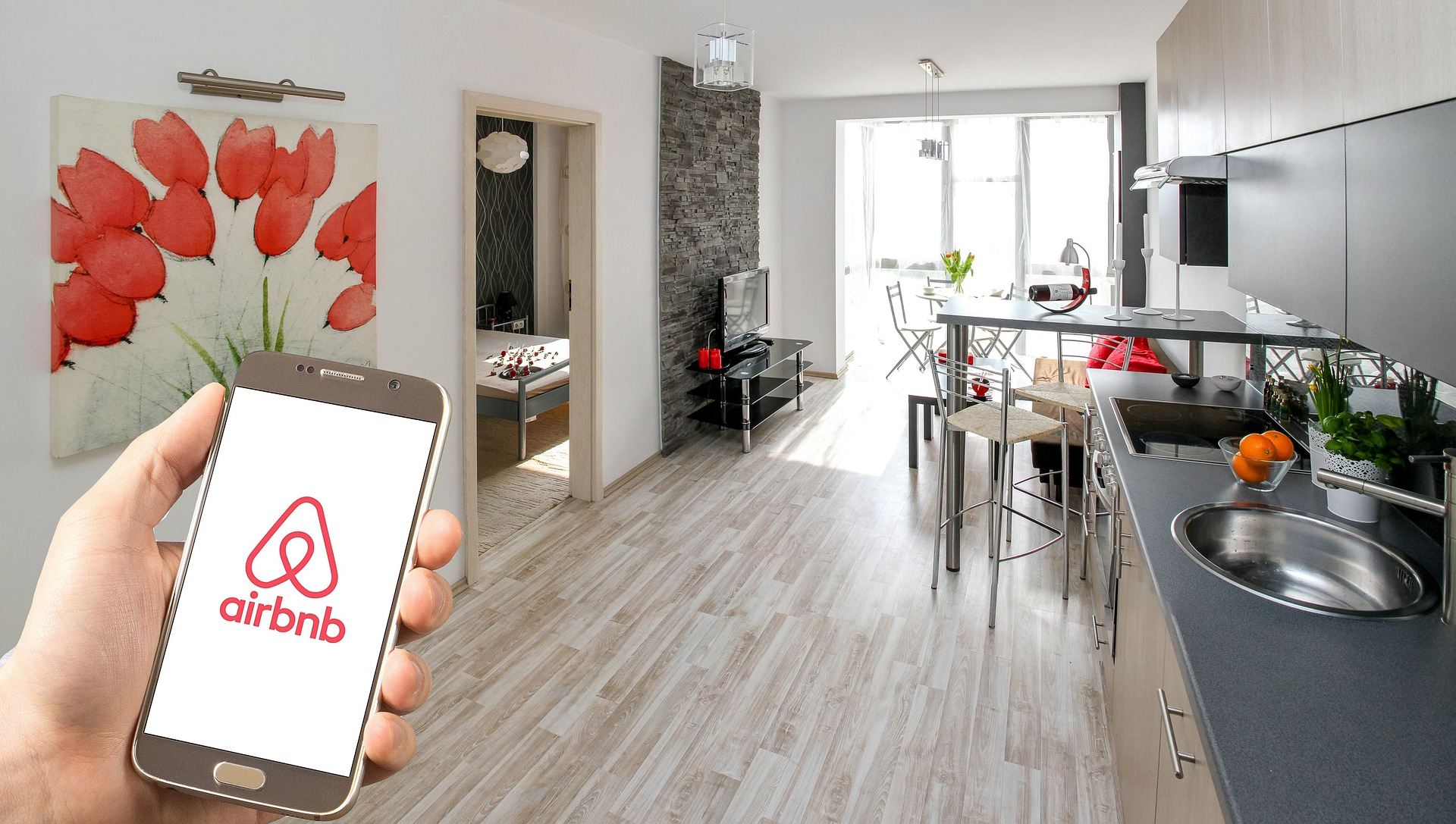 How Does Airbnb Affect Toronto Condo Residents And Real Estate?
